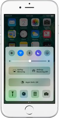 ios10-iphone6-homescreen-control-center-do-not-disturb.jpg